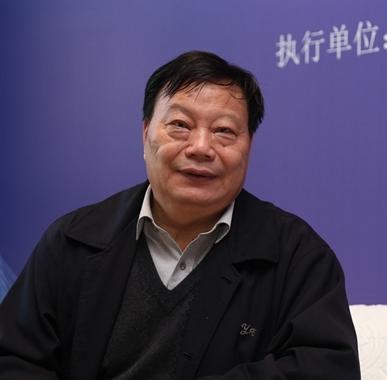 樊希安携《鹏城飞歌》亮相深圳书展