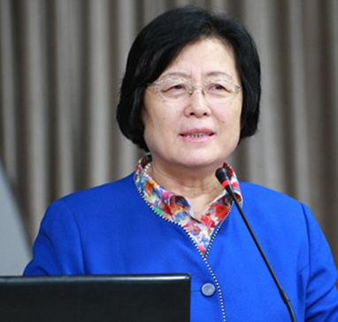 刘彭芝:振兴县域教育 让每个孩子都能在家门口享受到优质教育