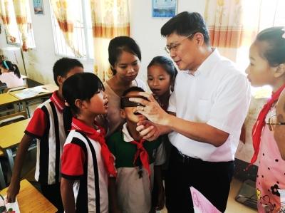 汤敏:中国扶贫——人类史上空前壮举