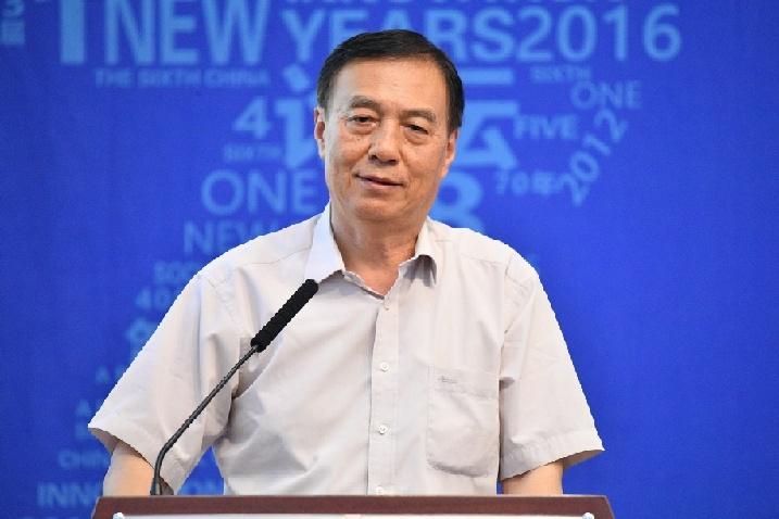 尹成杰:推进脱贫攻坚与乡村振兴有效衔接