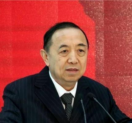 """杨志明:""""技工时代""""加快技能人才发展重要而紧迫"""