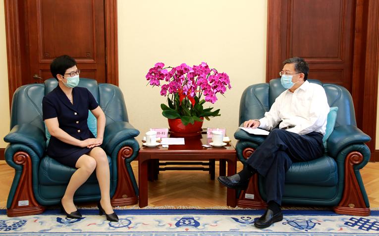 高雨会见浙江省政府办公厅党组成员、副主任陆伟利一行