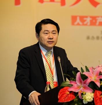 """王辉耀:二次""""入世""""?时间在中国一边!"""