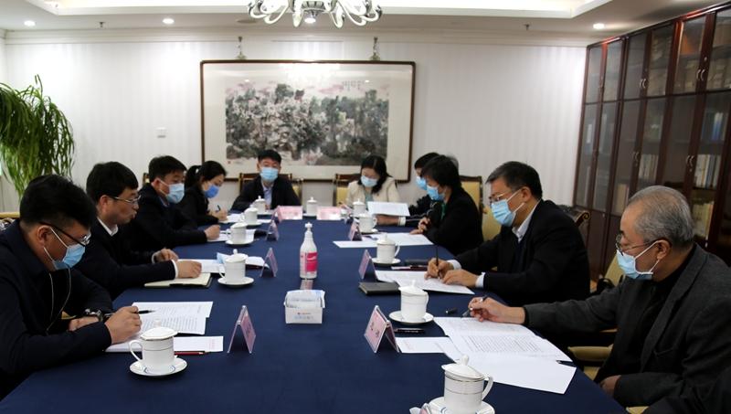高雨主任与吉林省延边州龙井市负责同志会商帮扶工作